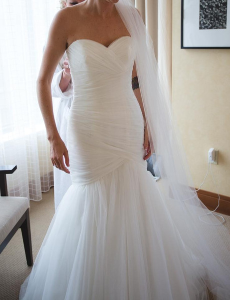 top popular New Arrival Ruched Tulle Mermaid Wedding Dress Lace Up White Ivory Marry Dresses Bridal Dresses Hot Sale In Stock vestido de festa curto 2020