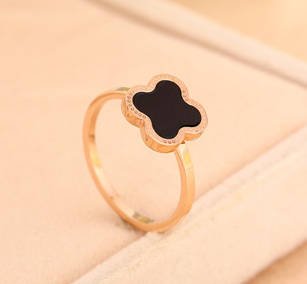 Clover Black Onyx Ring Carnelian female 18k rose gold titanium steel lucky four Leaf clover ring opening Korean for women Free shipping
