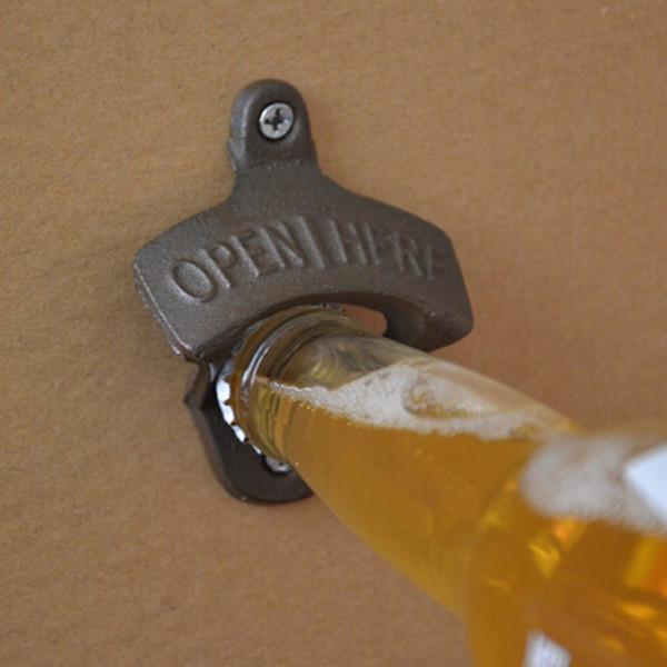 1 unids Vintage Antique Style Bar Pub Beer Soda Top abridor de botellas de montaje en pared