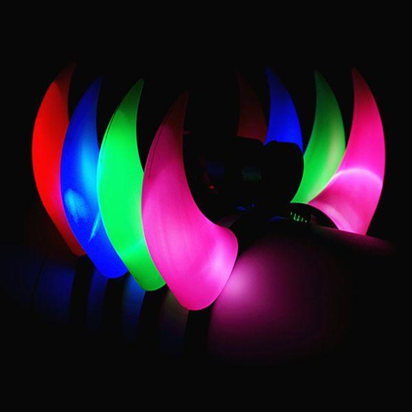 Parlayan Horn Saç Hoop Parti Headdress Şeytan Boynuzları Işıkları Açılış Hediyeler Oyuncaklar Toptan Cadılar Bayramı Ve Noel Için Tezgahları