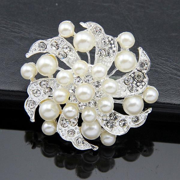 Elegant Bridal Jewelry Pearl Silver Tone Flower Brooch Pins Rhinestone Crystal Women Party Decor Costume Corsage
