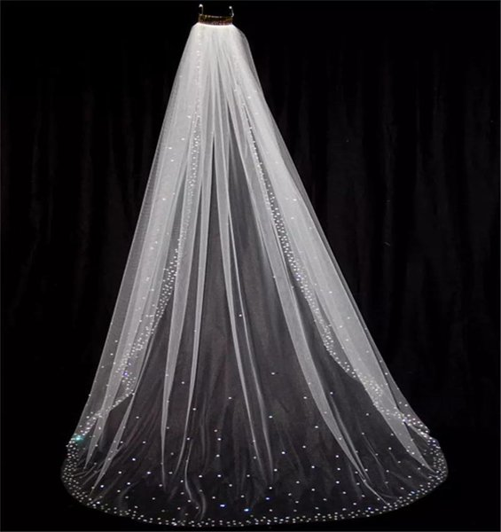 Cheap 2017 Shining Beads Crystals Jewelly Bridal Veils Cathedral Length Free Comb For Wedding Bridal Veil Rhinestone Sheer Tulle