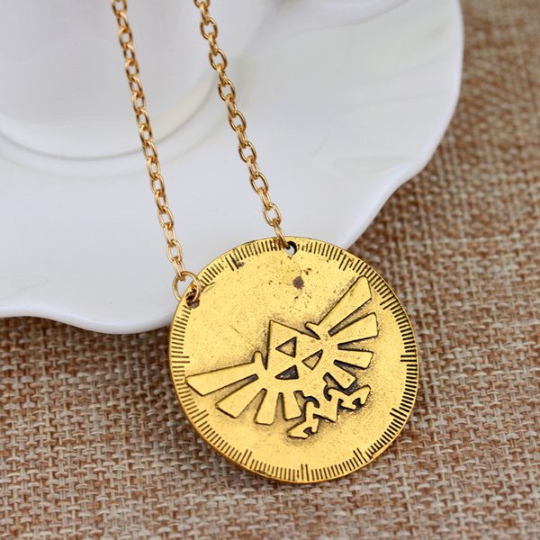 European peripheral accessories The ancient legend of zelda golden Triforce necklaces