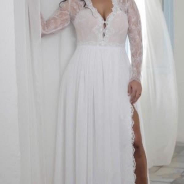 2019 Split Sheath Plunging V Neck Illusion Lace Long Sleeves Bridal Gowns Bohemian Boho Brides Formal Wear Cheap Plus Size Wedding Dresses