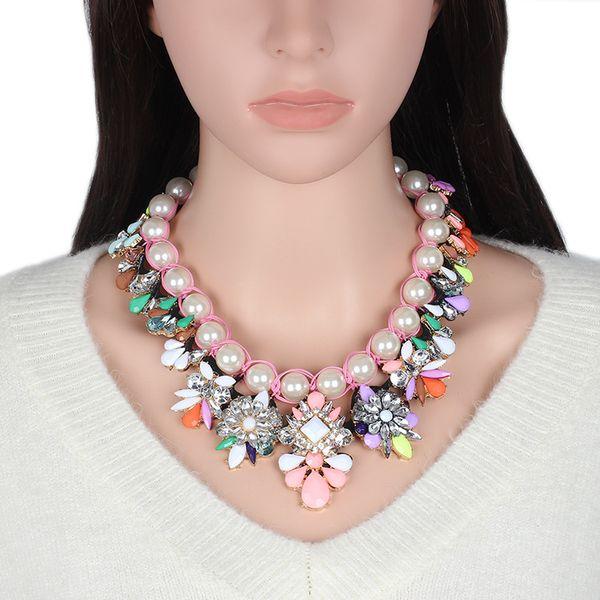 2017 Caliente Europa Estados Unidos Popular Hecho A Mano Exagerada Imitación Perla Rhinestones Crystal Gargantilla Colgante Collar Joyería de Las Mujeres Regalo