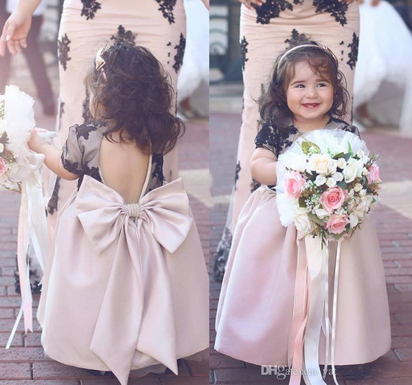 Said Mhamad Flower Girls Dresses Jewel Short Capped Sleeves Cupcake Dresses Applique Big Bow Custom Made Little Kids Pageant Dresses