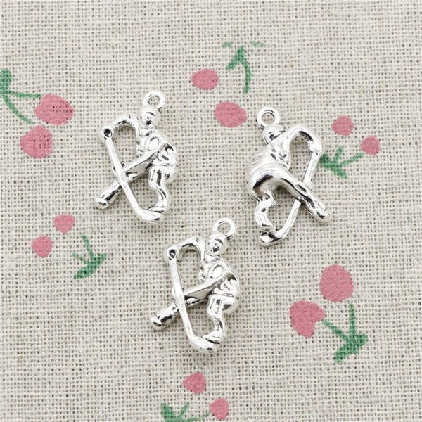 46pcs Charms hockey player sporter 25*16mm Antique Silver/Bronze Pendant Zinc Alloy Jewelry DIY Hand Made Bracelet Necklace Fitting
