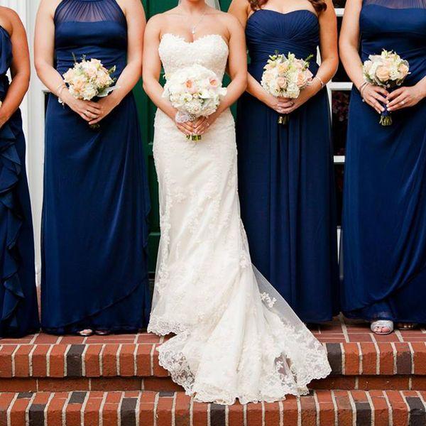 top popular In Stock White Ivory Applique Lace With Beading Mermaid Wedding Dress Bandage Dropped Bridal Dress Robe De Mariage Vestido De Noiva 2019