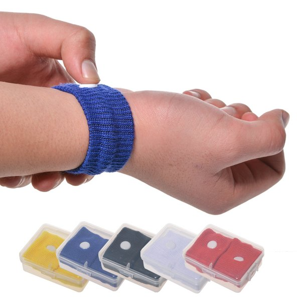 top popular Candy Color Anti Nausea Wristbands Car Anti Nausea Sickness Reusable Motion Sea Sick Travel Wrist Bands with clear box 2019