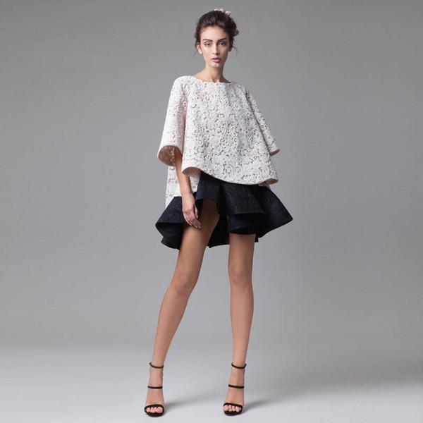 Klassisches Schwarz-Weiß-Abendkleid Schlichtes Design Top Tutu Kurzer Rock 3-D-Applikation Halbarm Abendkleid Couture-Kleid Abendkleider