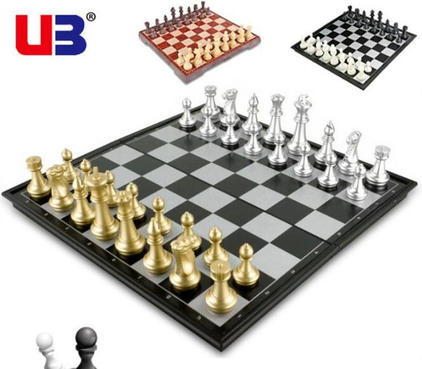 best selling Gold and silver magnetic chess folding chess board puzzle game chess puzzle game development boutique game