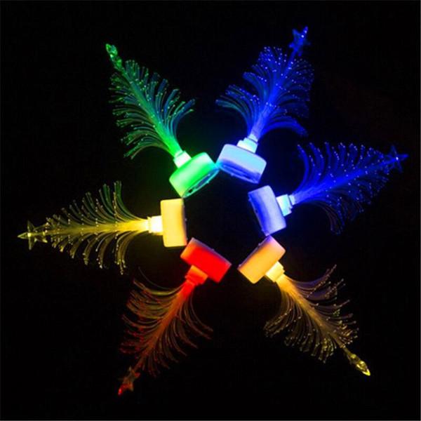 Selling light-emitting Christmas tree Christmas gifts Light small children toys Optical fiber small night lights wholesale