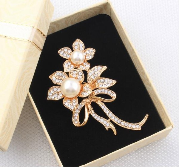 women western-style clother brooch white-collar uniform decoration peacock colorful/white pearl crystal flower brooches wholesale women pins
