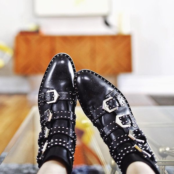 2017 New Fashion Studded Ankle Boots Women Rivet Buckle Martin Boots Black Leather Short Boots Street Style Lady Flats Shoes