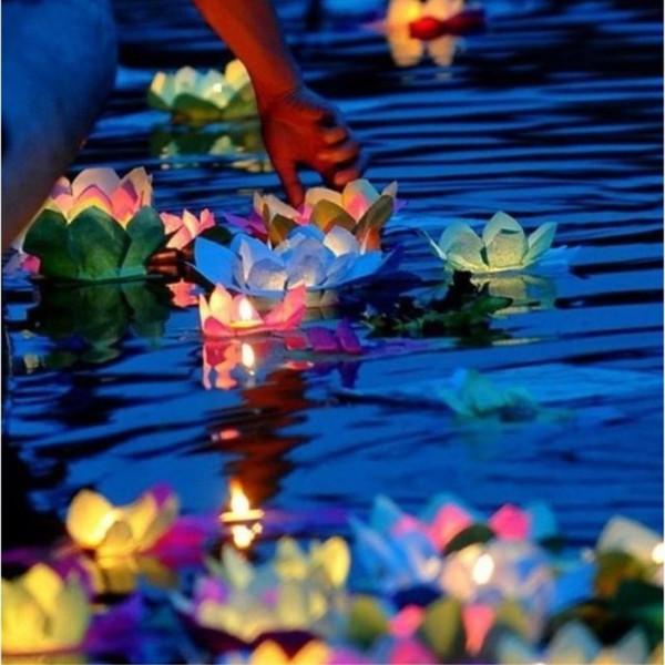 30pcs / lot Candele di San Valentino Lanterne Matrimoni Wishing Acqua Fiore Acqua Lanterna galleggiante Fiore di loto Ornamento lampada