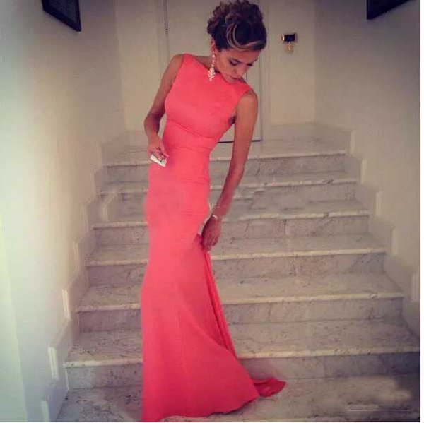 2017 Fitted Coral Long Evening Party Dresses Wedding Guest Party Dress Boat Neck Sleeveless Floor Length Vestido De Festa
