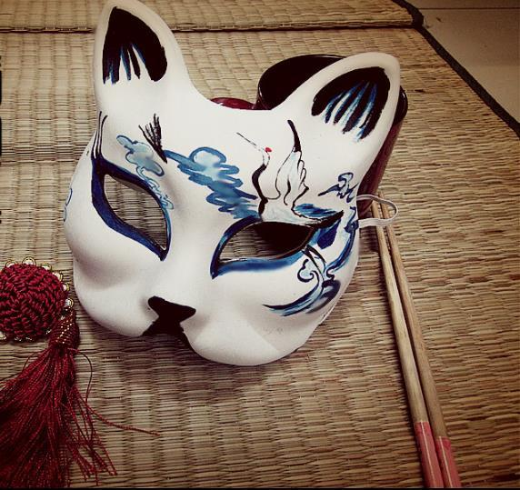 2019 Upper Half Face Japanese Style Hand Painted Cosplay Fox Mask  Masquerade Crane Pattern For Carnival Party Halloween From Jackhuang,  $12 19 |