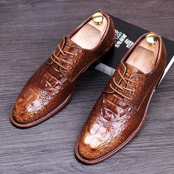 Famosa Marca dos homens Sapatos de Casamento Vestido Preto Vermelho Azul Amarelo Estilo Britânico Homens Sapatos de Couro Genuíno Brogue Moda Oxfords 8