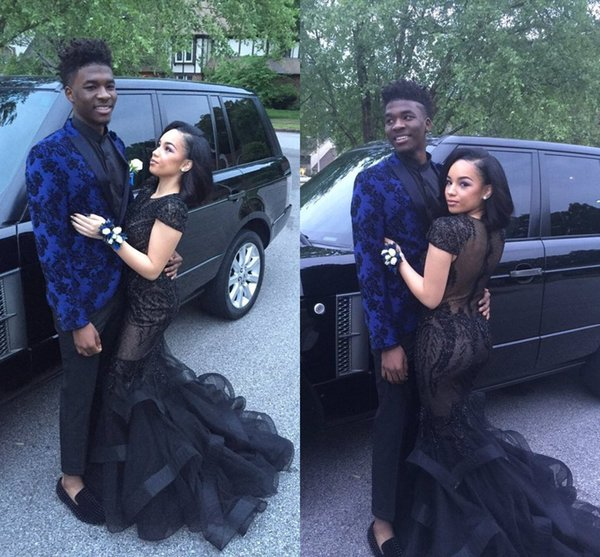 Sexy Black Prom Dresses 2017 Fashion Short Sleeve Court Train Mermaid Vintage Lace Illusion Back Red Carpet Gowns Pageant Dress