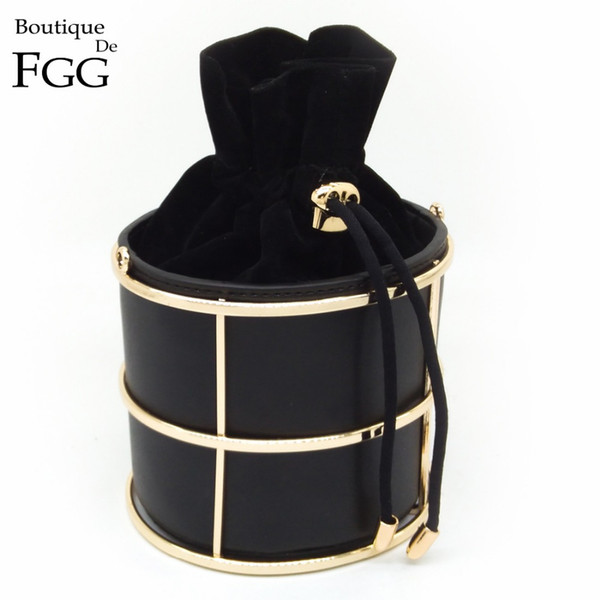 top popular Wholesale-European and American Women's Fashion Bucket Black PU Metal Frame String Evening Party Handbags Clutch Bag 100cm O Chain 2020