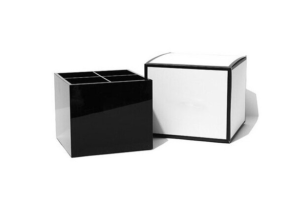 Classic C Women Makeup Tools Holder Cosmetic Brush Bucket Beauty Pen Storage Box Beauty Case With Gift Box