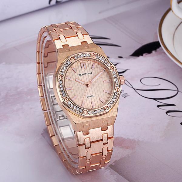 Comercio al por mayor 2017 Nueva Moda de Diseño de Lujo Reloj de Las Mujeres Reloj de Cuarzo de Acero Inoxidable Para Las Señoras Femme Montre Reloj Relojes De Marca Reloj de Pulsera