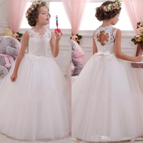 2019 Princess White Flower Girls Dresses for Weddings with Lace Appliqued Bow Sash Lovely Tutu Communion Birthday Pageant Dresses for Girls