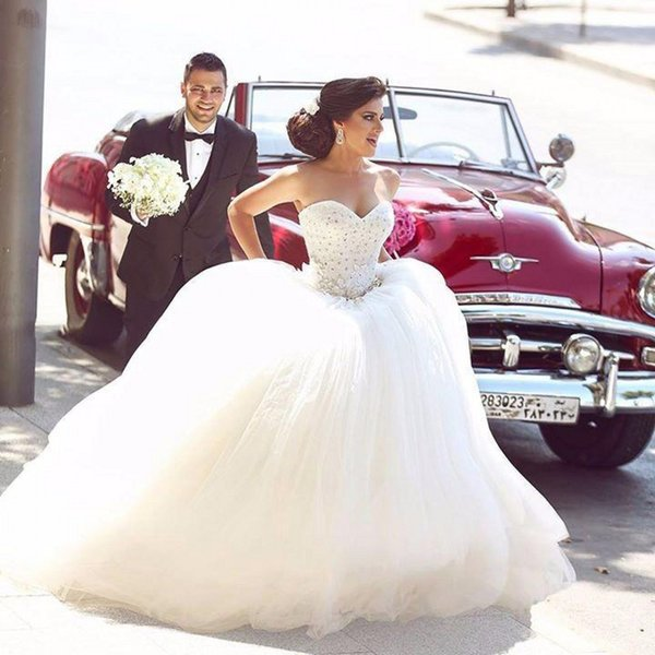 Sweetheart Ball Gown Wedding Dresses 2017 Modest Beaded Appliques Puffy Tulle Wedding Dress Lace Up Back African Vintage Bridal Gowns