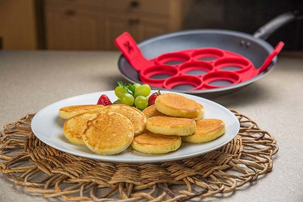 Flippin Fantastic Silicone Nonstick Perfect Pancakes Maker Egg Ring Maker Kitchen Tool Cake Baking Moulds DHL Free Shipping