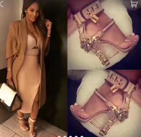 Summer Luxury Designer Shoes Woman Metal High Heel Crystal PVC Gladiator Sandals Padlock Bejeweled Ankle Strap Rhinestone Sandal