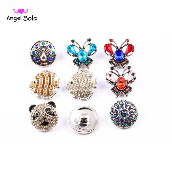 top popular Hot wholesale 50pcs lot High quality Mixed Many styles 18mm Metal Snap Button Charm Rhinestone Styles Button Ginger Snaps Jewelry 2021