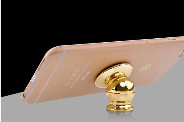 top popular Mobile phone holder Magnet bracket 360 degrees magnetic phone holder Car phone holder Car navigation frame 2019