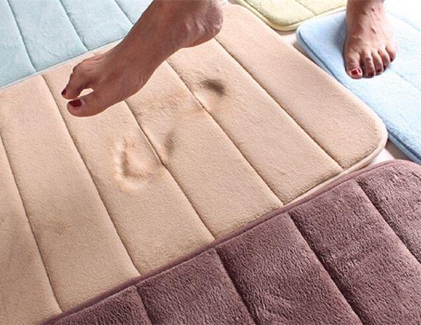 Großhandels  1Pcs 40 * 60CM Badezimmer Teppiche Saugfähige Weiche  Gedächtnis Schaum