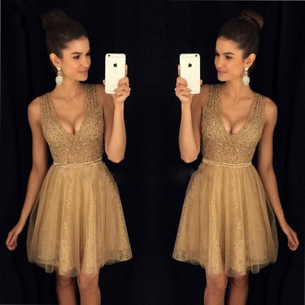top popular 2018 Newest Deep V-neck Mini Short Homecoming Party Dresses Beaded Crystals Zipper Back Tulle Cocktail Dresses Special Occasion Dresses 2019