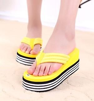 2017 Summer Shoes For Women Stretch Flip Flops Fabric EVA Flip Flops Beach Sandals Casual Wedge Platform Slippers Sandales 35--42