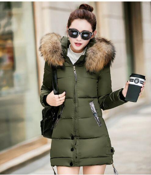 Novas Mulheres Inverno Exército Casaco Verde Casacos Grosso Parkas Plus Size Grande Real Gola De Pele De Guaxinim Com Capuz Outwear