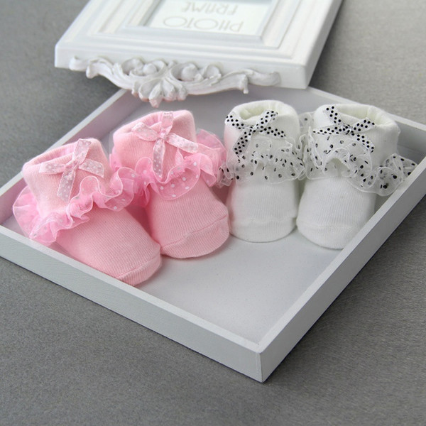 Wholesale- Pretty Cotton Christmas Warmers Newborn Baby Kids Soft Non-slip Lace Socks Suitable 0-6 Month One Size