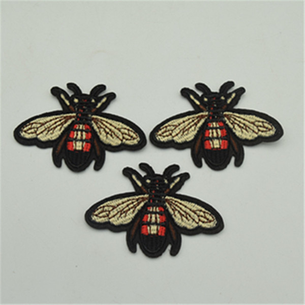 20 unids pequeño bordado parche abeja coser hierro en parche divisa tela apliques diy