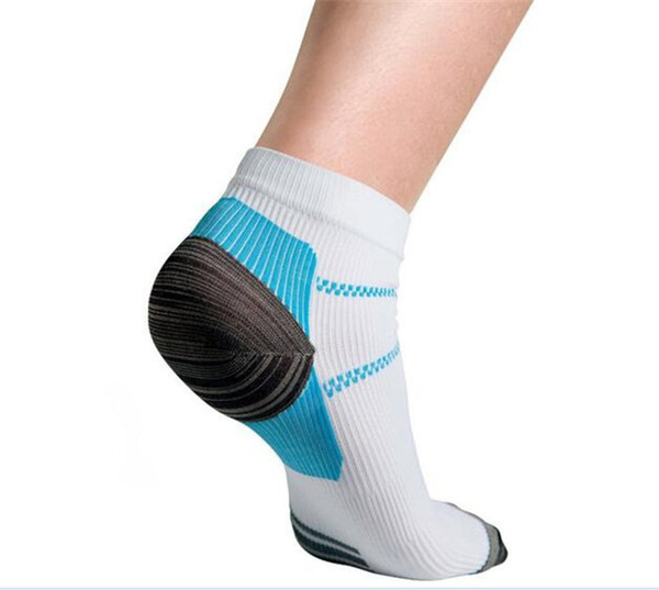 top popular 100pcs 1pair=2pcs Veins Socks Compression Socks For Plantar Fasciitis Heel Spurs Pain Fashion Summer Ankle Mens Sports Socks M005 2019