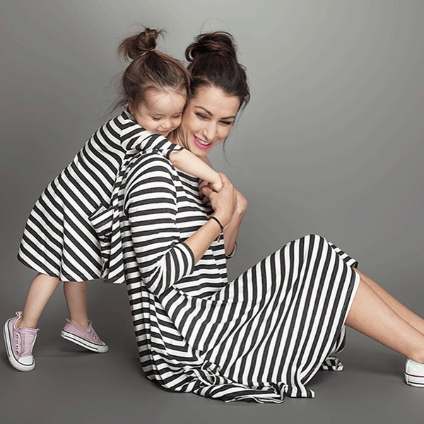 Striped Mother And Daughter Clothes Summer Parentage Dresses Cotton O-neck One-piece Dress For Mother And Daughter Family Matching Outfits