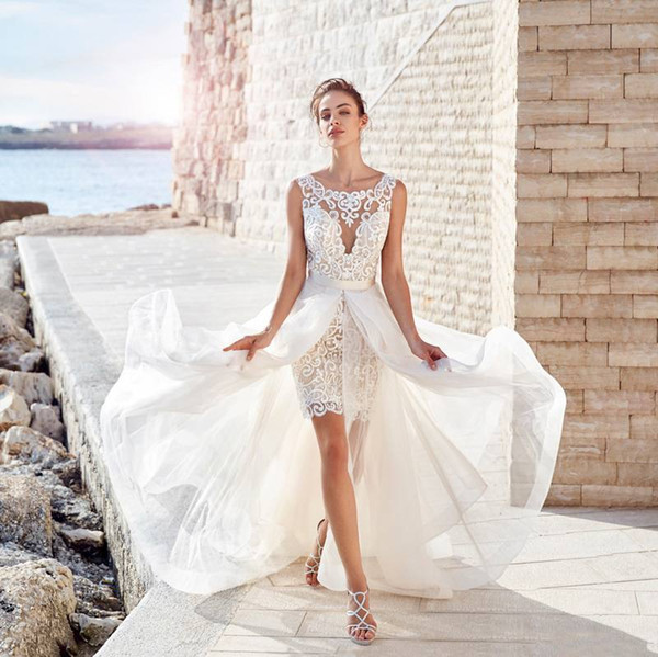 Appliques Knee Length Bohemian Wedding Dresses With Detachable Train Beach Wedding Dress Sheer Bateau Neck Backless Boho Bridal Gowns