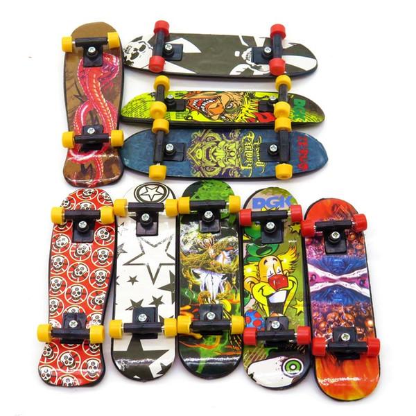 Wholesale-3pcs Mini Stand FingerBoard Mini Finger boards With Retail Box Skate trucks Finger Skateboard for Kid Toys Children Gift hl051