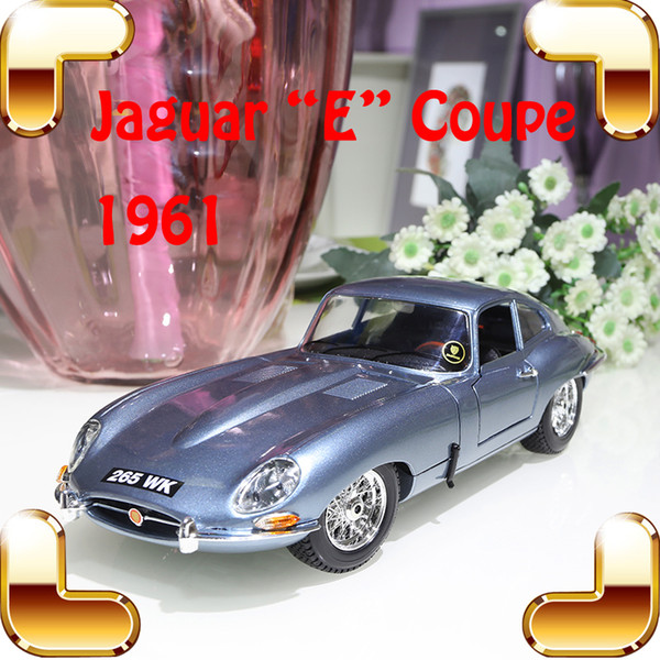 New Arrival Gift Coupe Cabriolet 1/18 Metallic Model Car Vehicle Decoration Alloy Collection Present Toy Classic Cars Collection