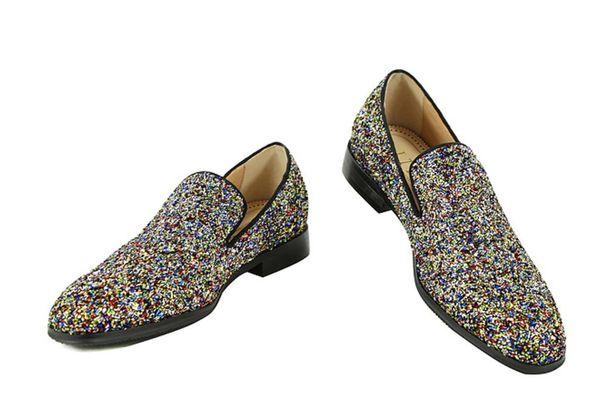 2017 мода мужчины кожаная обувь блеск платье обувь блестящие блестки мокасины свадьба мужчины квартиры партия обувь точка toe скольжения на мокасины низкий каблук