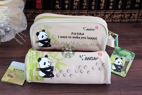 The panda base selling Sichuan tourist souvenirs in Chengdu panda pen student stationery gift canvas