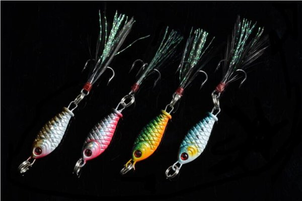 Best Sale 4pcs Small Lead Fish Fishing Lure 3.2cm 6g Alloy Metal Baits 3D Eye Jigs Baits with Feather Hook for Saltwater