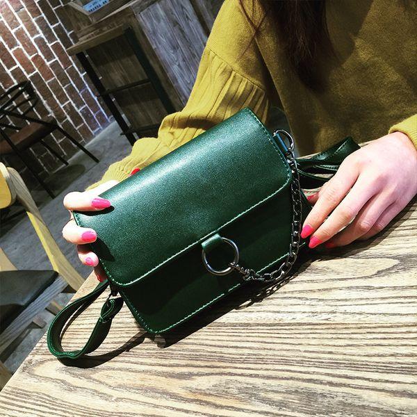 The Korean version of the new spring and summer 2017 simple Mini Bag Handbag Shoulder Messenger Bag retro buckle small bag