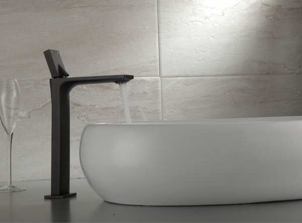 New Arrival Modern Single Hole Solid Brass Bathroom Sink Faucet Basin Washing Mixer Tap Black Paint