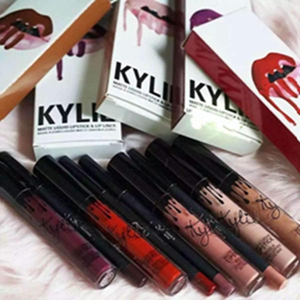 купить оптом 24 Colours Kylie Lip Gloss Lipstick Boxset Kit 1 губная
