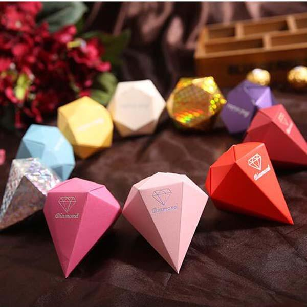 100pcs/lot colorized Diamond shaped Candy Box Wedding Gift Jewelry DIY Favour Boxes Sweet Gift Box